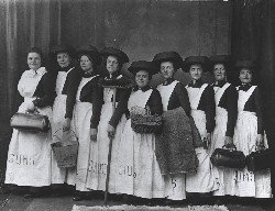 Photo:Slum posts were staffed by teams of women Salvationists who were known as slum sisters.